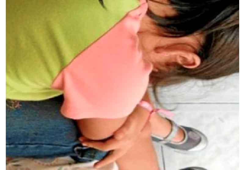 Abusaba de su hijastra.