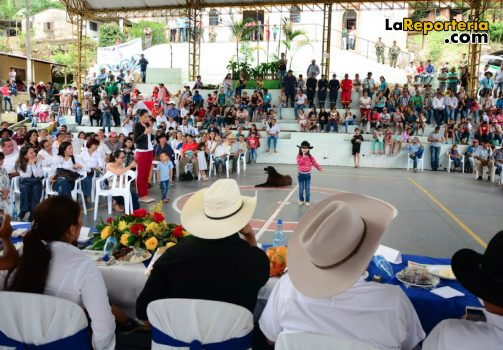 Gobernador Alirio Barrera en Recetor-