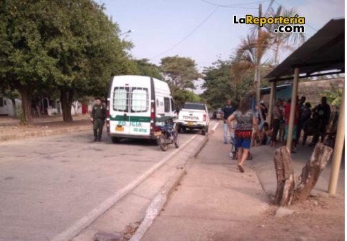 Policía realiza el levantamiento del cuerpo en Maní.
