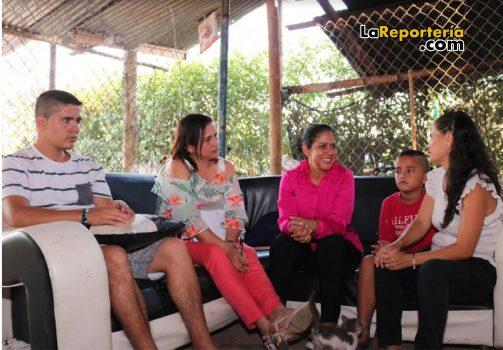 La visita a la familia de Joan Sebastián.