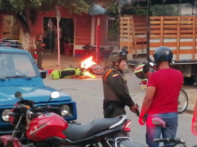 Atentado con moto bomba.