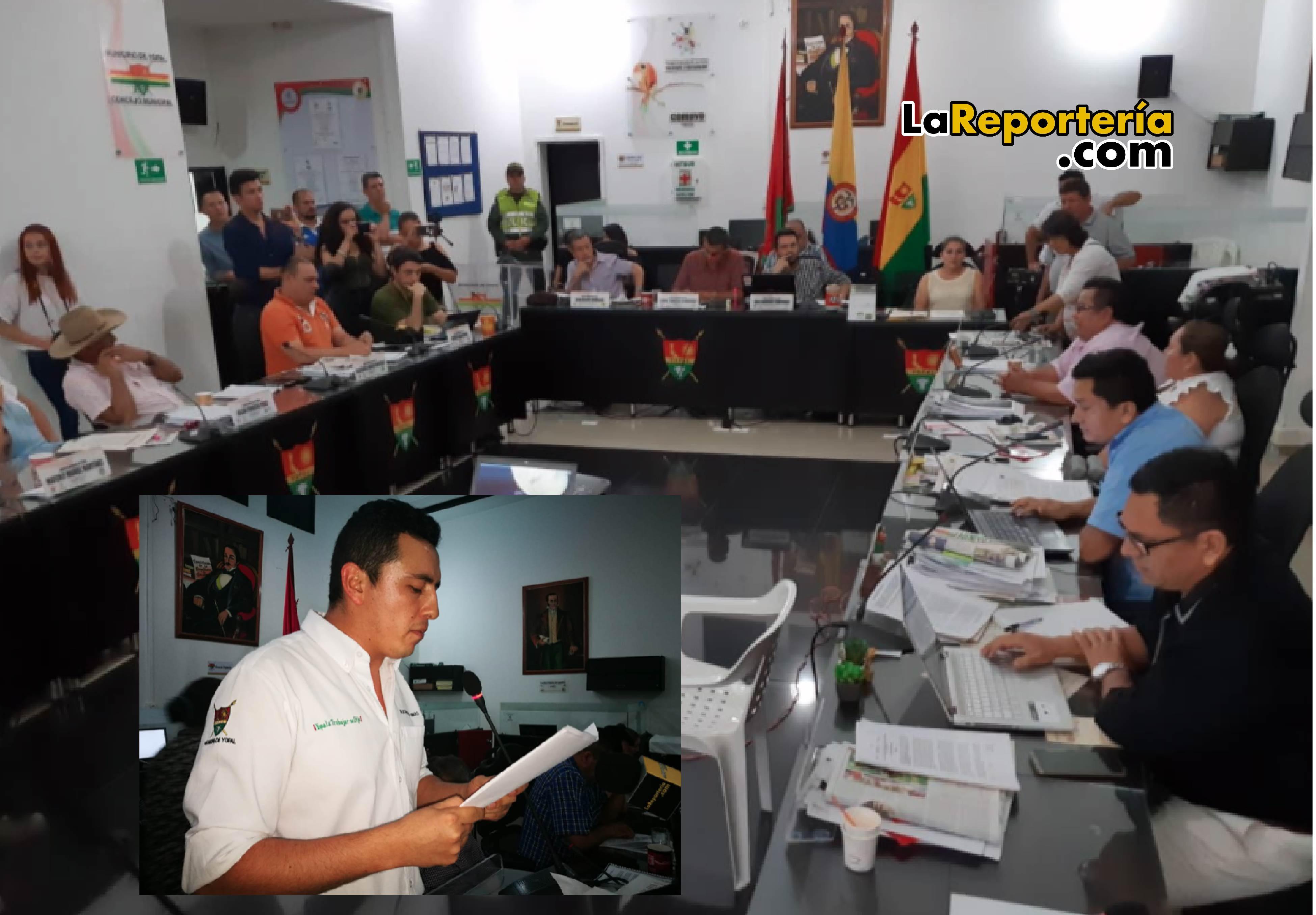 Votación de Moción de Censura a secretario Guillermo Pérez.