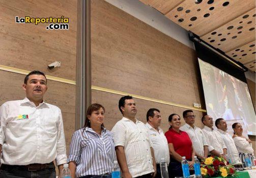 A la izquierda Edwin Ramírez vocero de ASI en Casanare.
