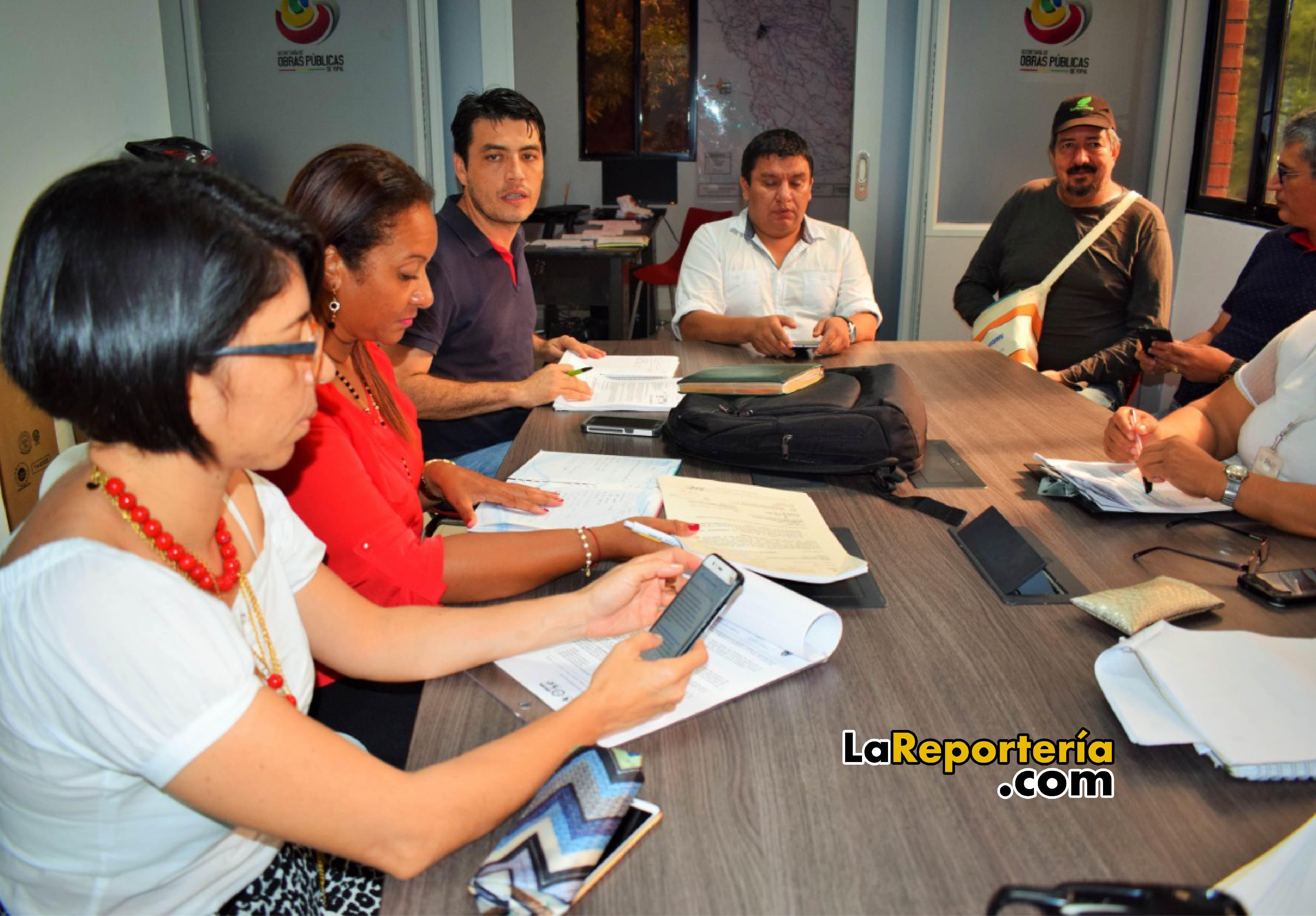 Mesa de trabajo de prevención de sustancias psicoactivas.
