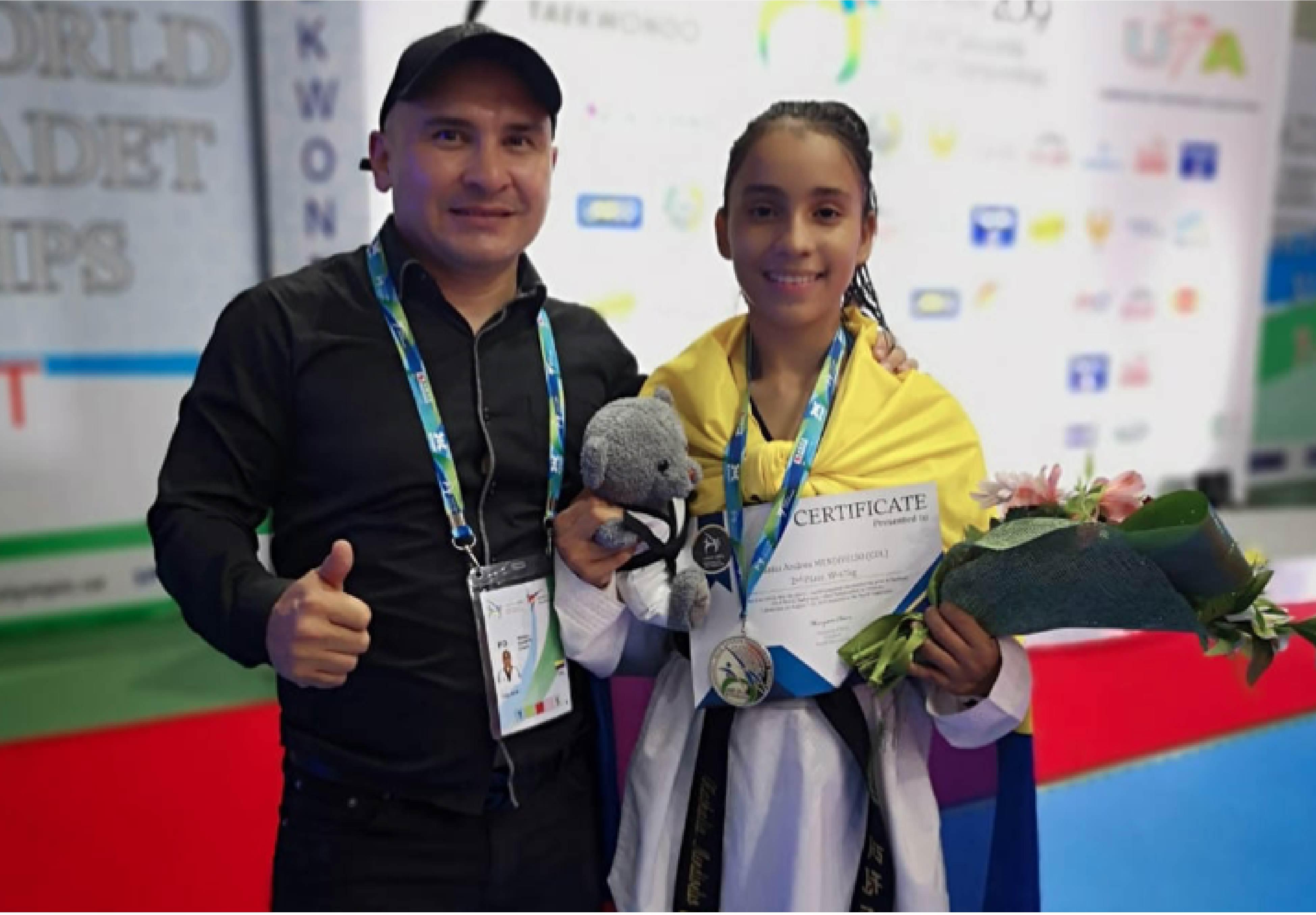 Entrenador William Duarte y Natalia Mendivelso.