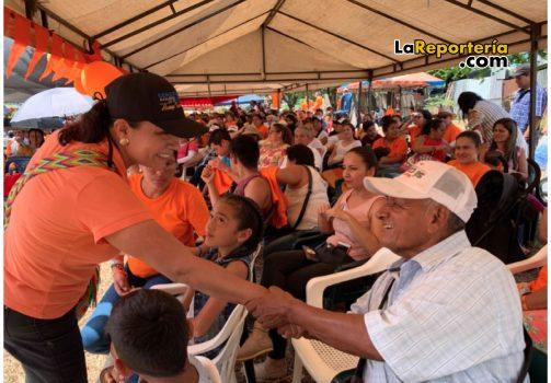 Constanza Vega en cierre de campaña.