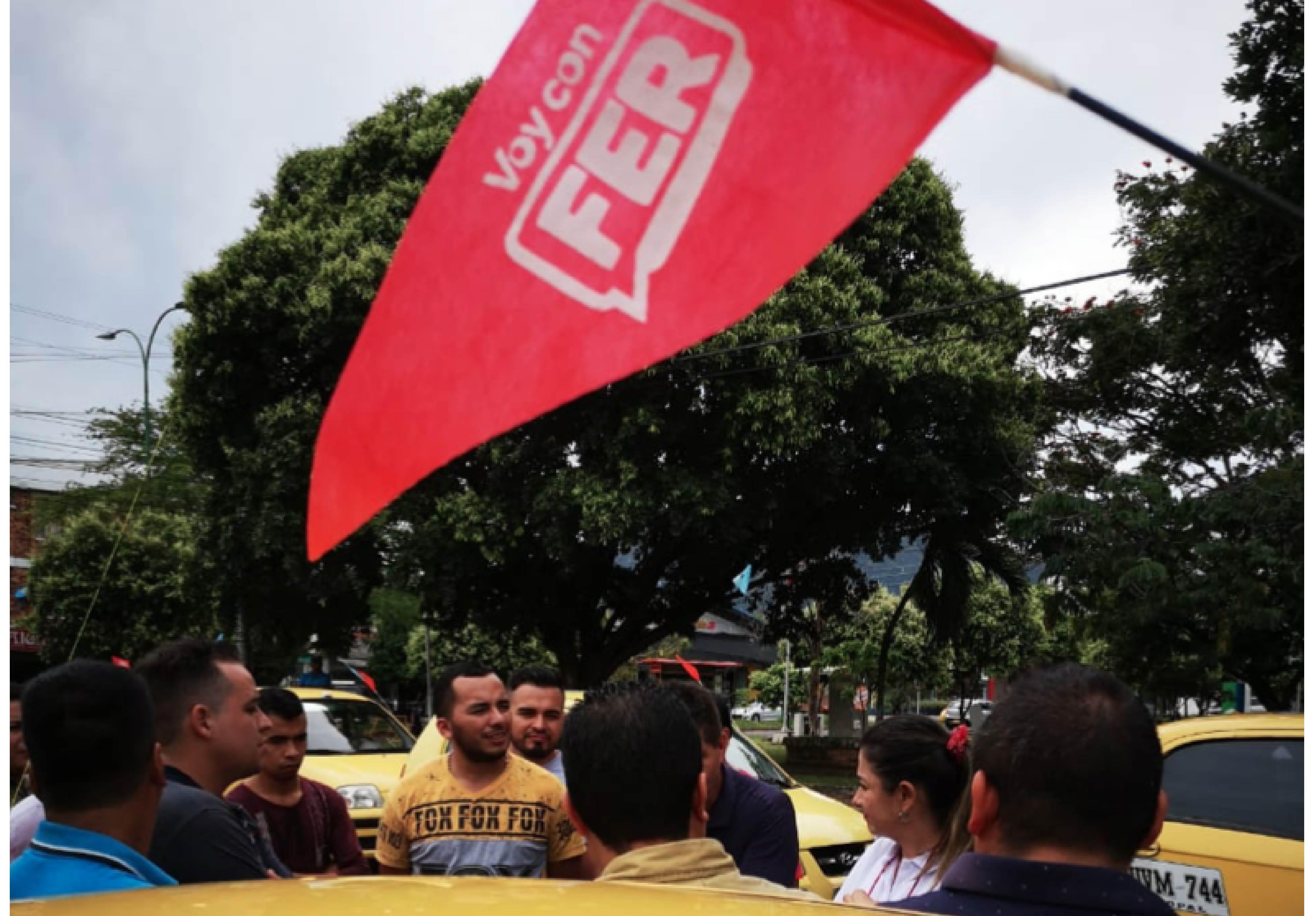 Apoyo de importante sector de  Taxistas a campaña de Fernanda Salcedo.