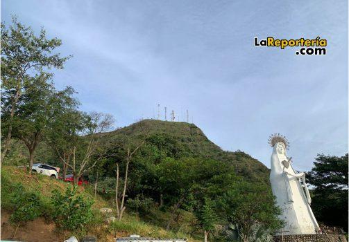 Cerro El Venado desde la Virgen de Manare.