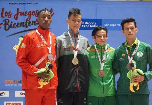 De Negro Jhon Deivi Garrido Reyes, medalla de oro en taekwondo.