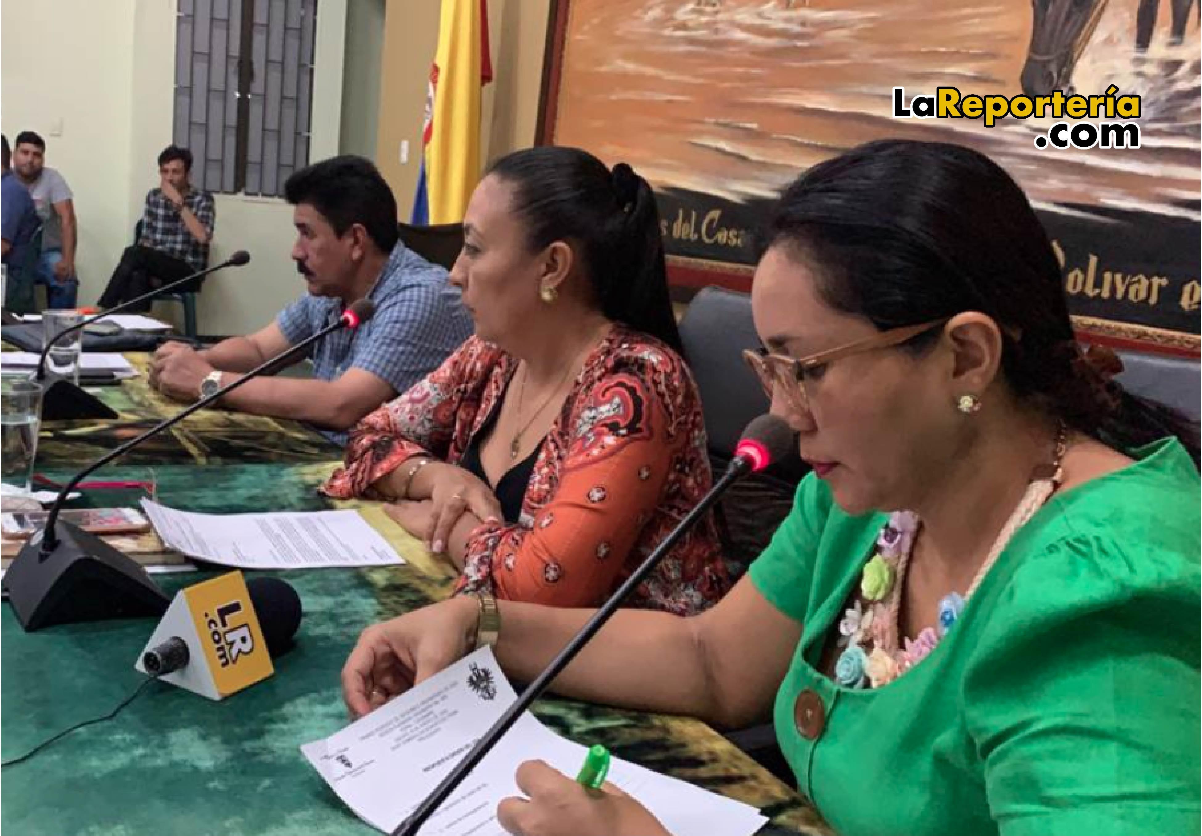 Diputados de la mesa directiva de la Asamblea.